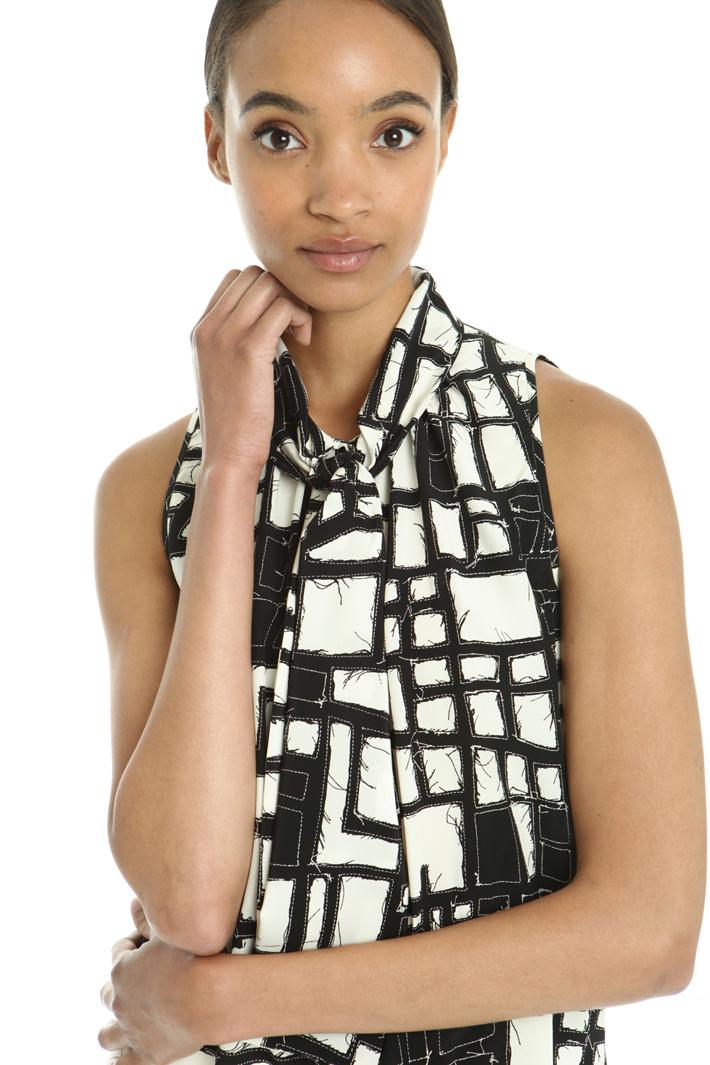 Top con collo a sciarpa Fashion Market