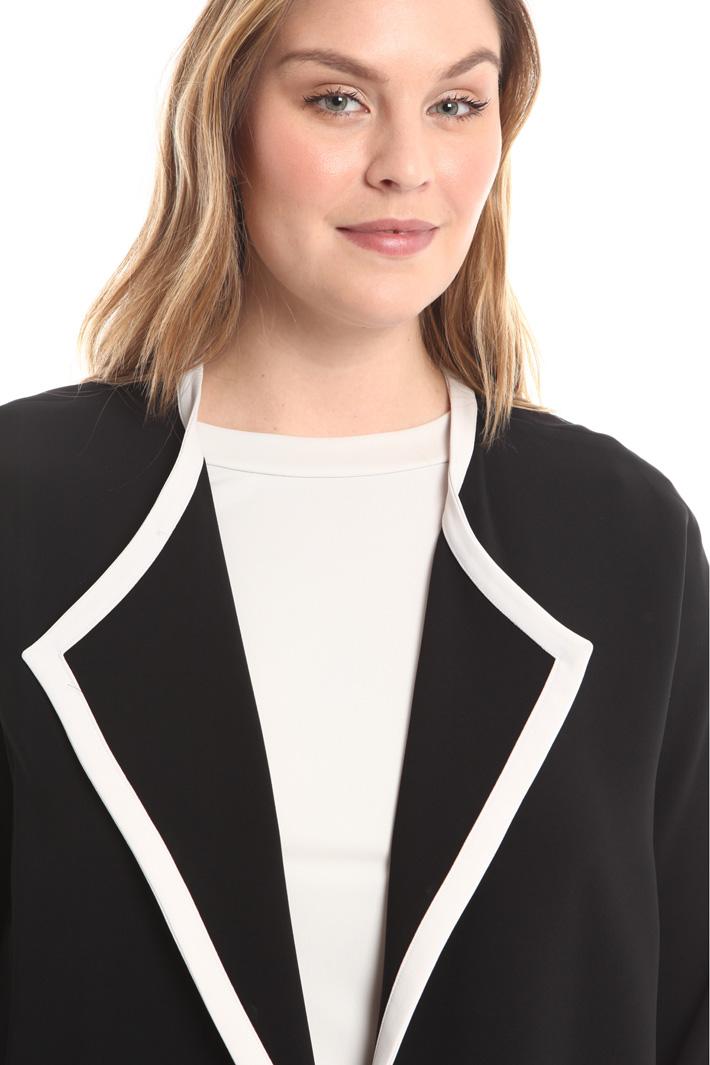 Giacca con bordi a contrasto Fashion Market