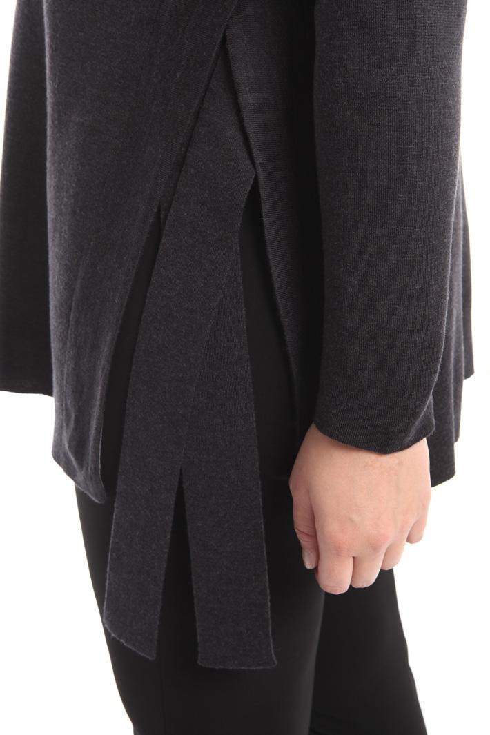 Maglia in lana con spacchi  Fashion Market