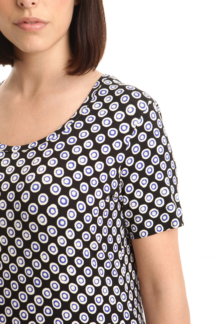 T-shirt in jersey stampato  Fashion Market