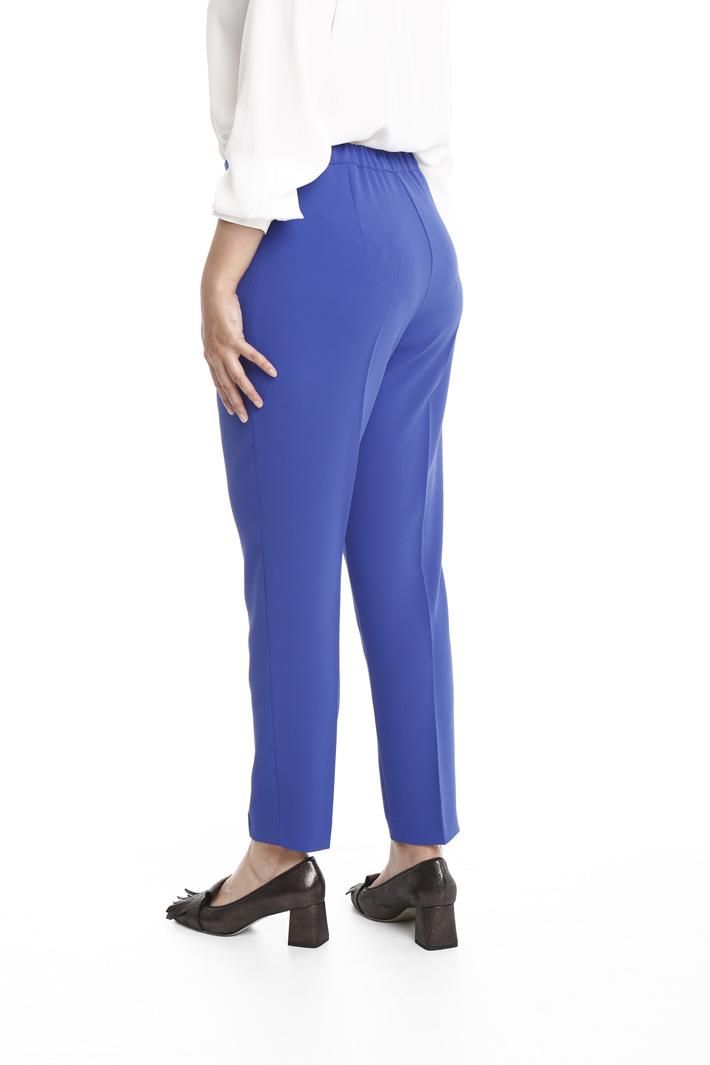 Pantalone slim in crepe Fashion Market