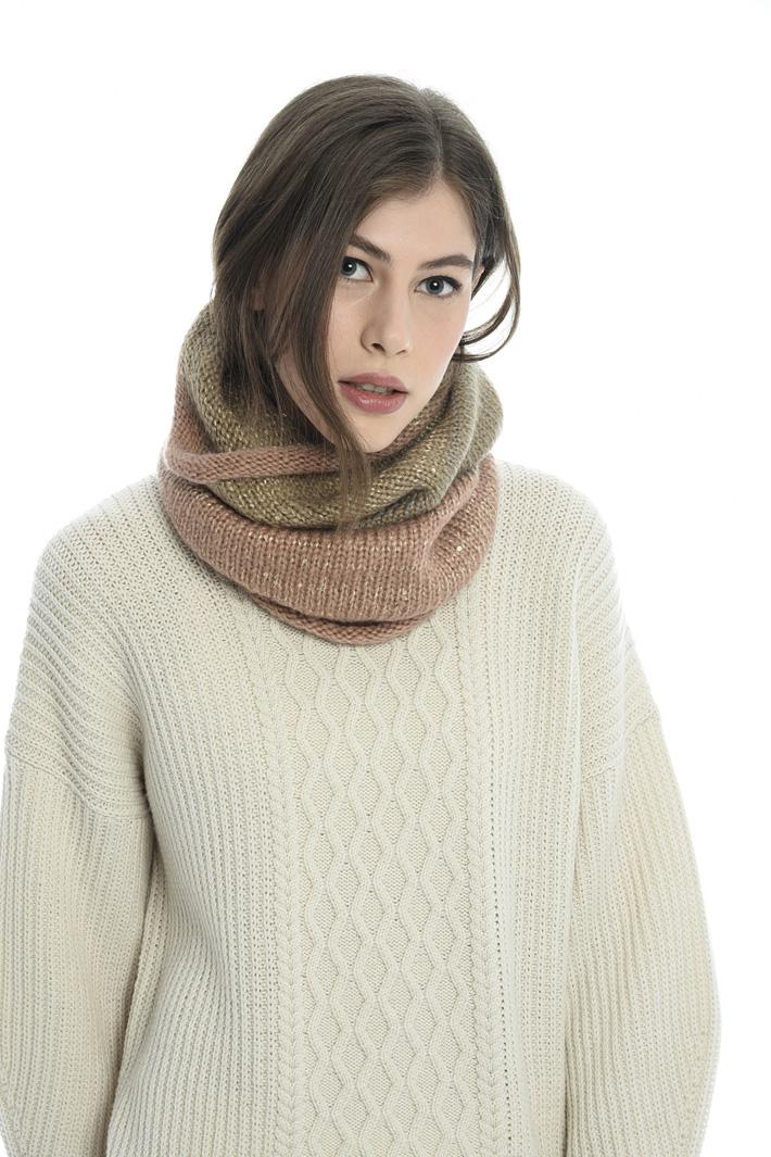 Collo alto in maglia Fashion Market
