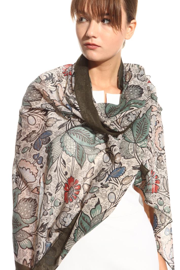 Sciarpa fantasia in tela leggera Fashion Market