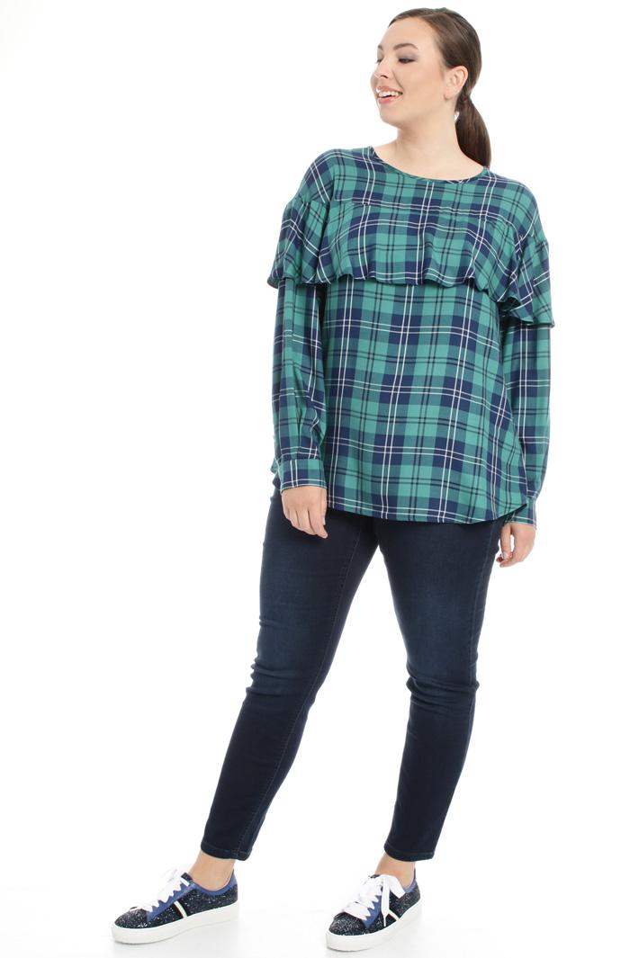 Blusa con maxi balza Fashion Market