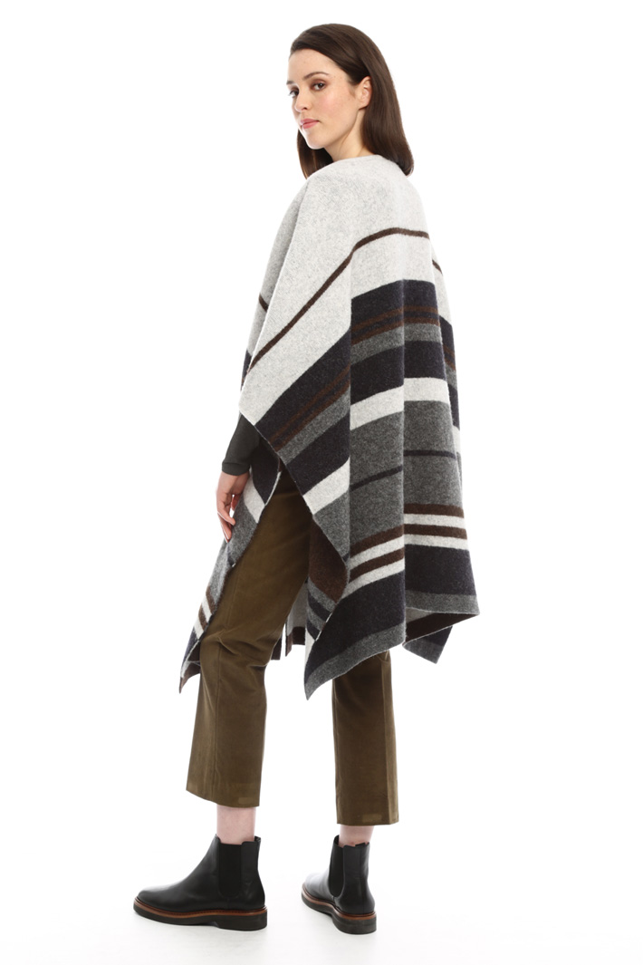 Poncho in alpaca Fashion Market