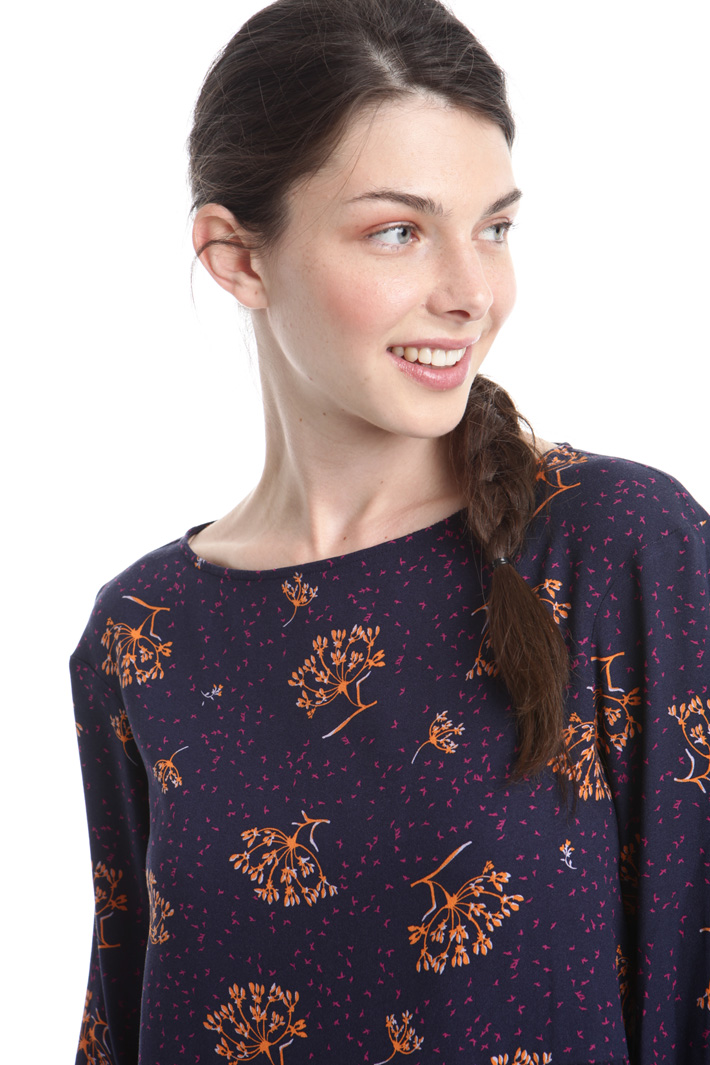 Blusa in crepe con fantasia Fashion Market