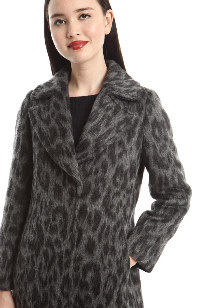 Cappotto a motivo animalier Fashion Market