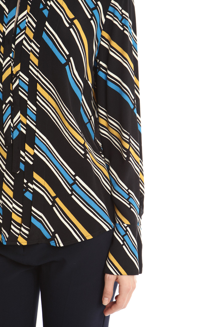 Blusa in crepe stampata Fashion Market