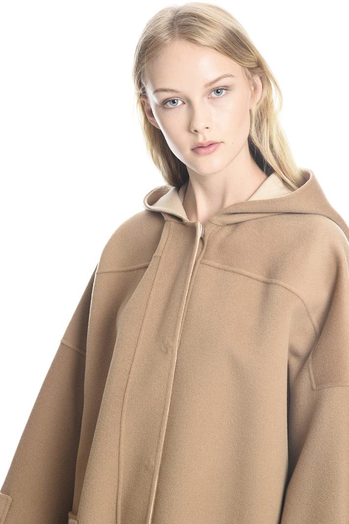 Cappotto in lana con cappuccio Fashion Market