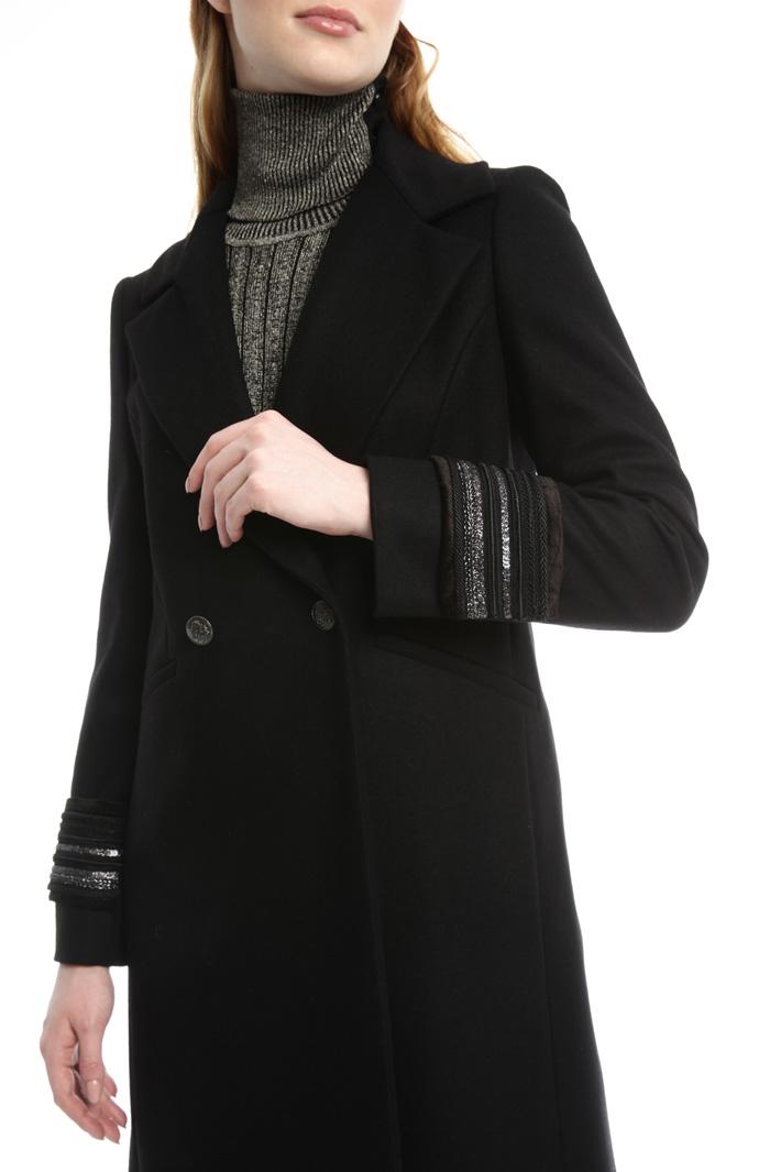 Cappotto con polsini gioiello Fashion Market