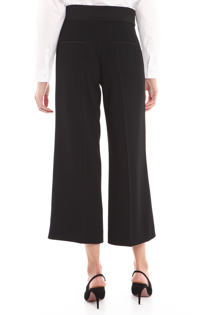 Pantalone cropped in crepe Fashion Market