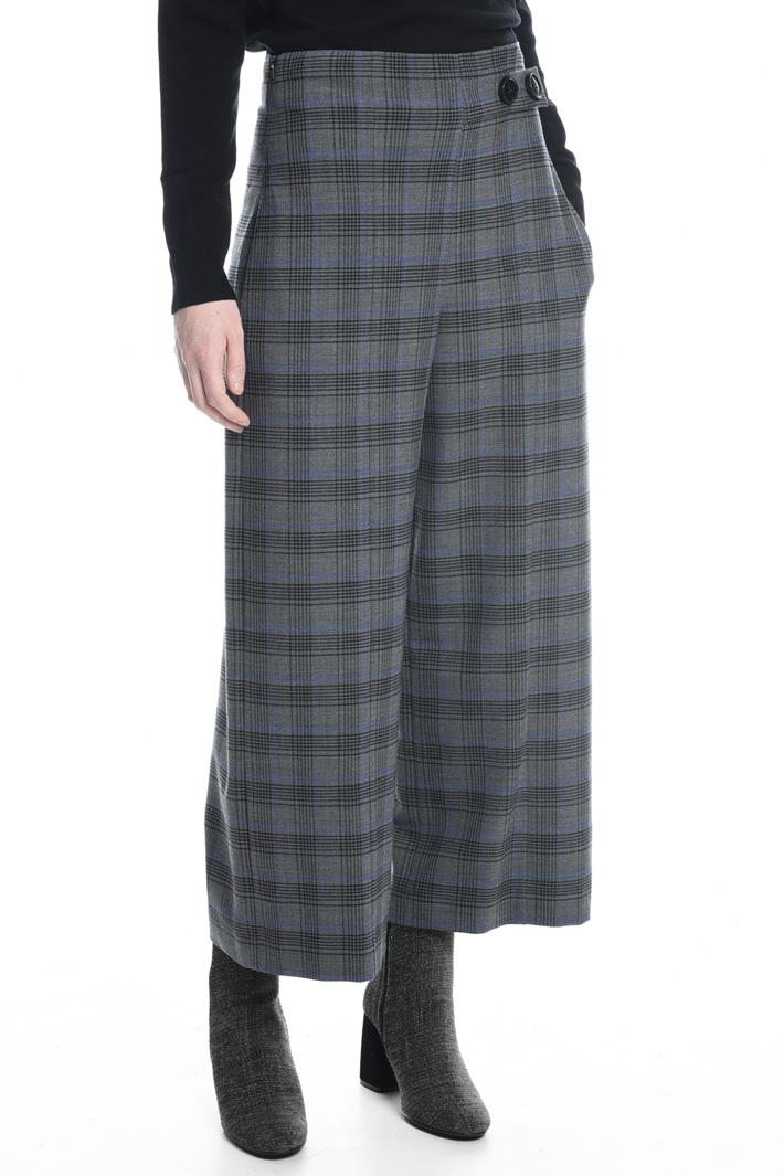 Pantaloni cropped motivo check Fashion Market