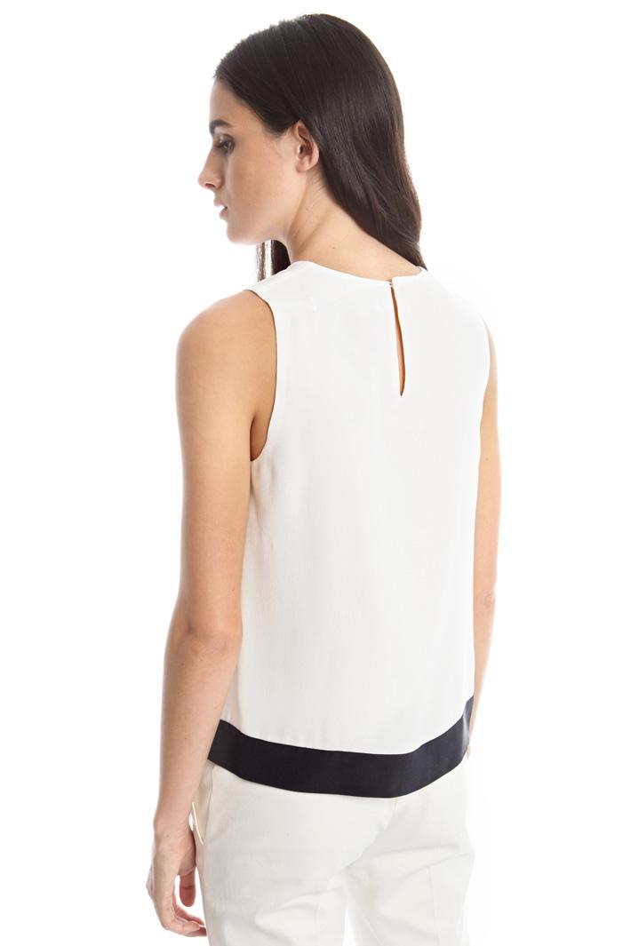Top con drappeggio centrale Fashion Market
