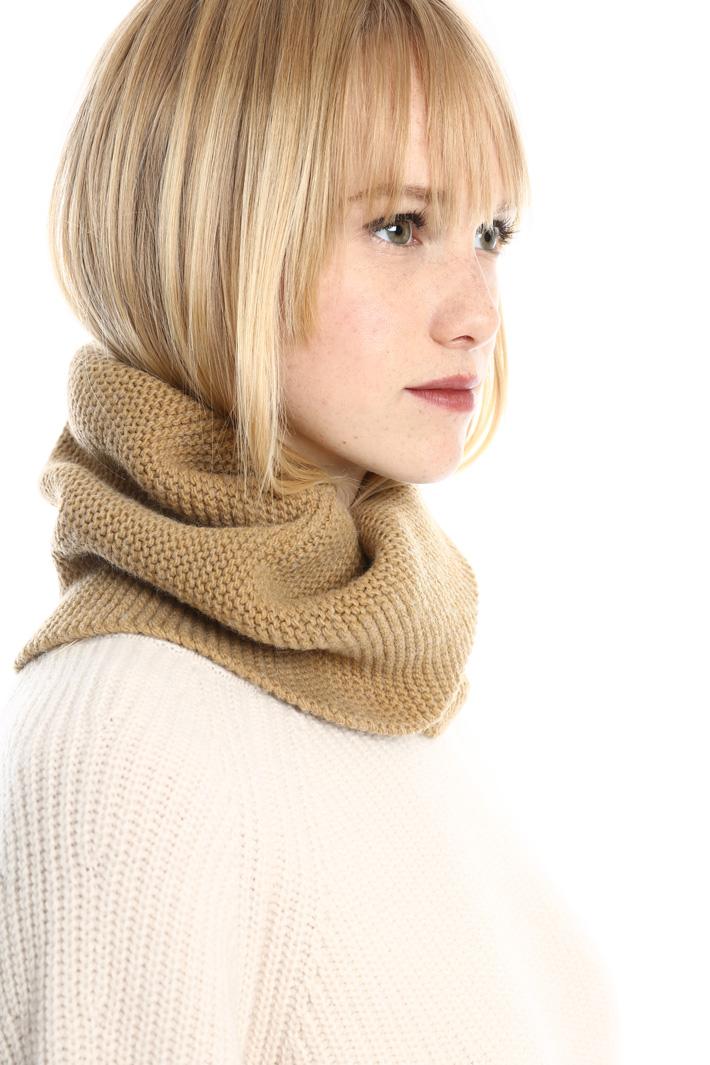 Collo in lana con incrocio Fashion Market