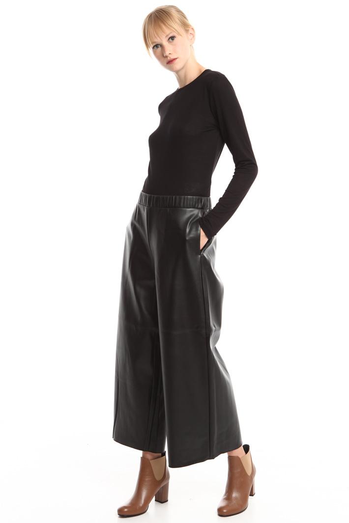 Pantalone cropped spalmato Fashion Market