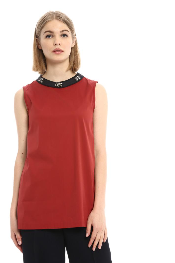 Top con collo bijoux Fashion Market