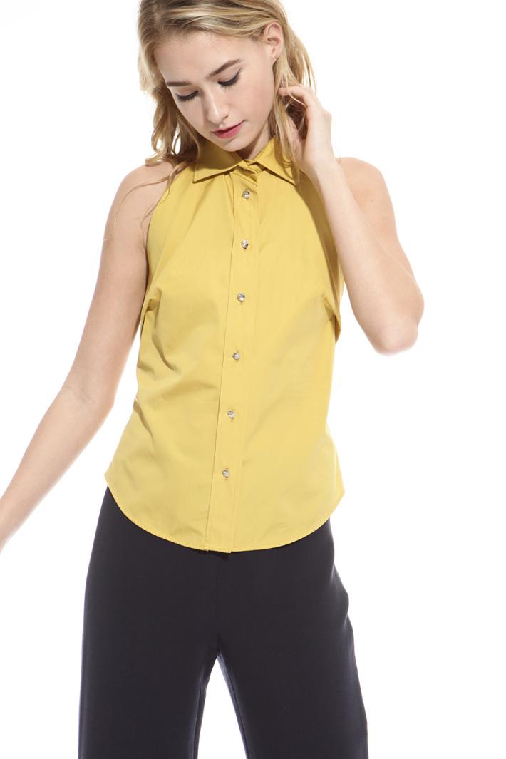 Top con bottoni gioiello Fashion Market