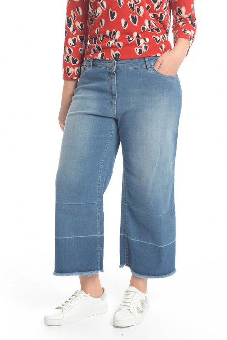 Jeans cropped in denim Fashion Market