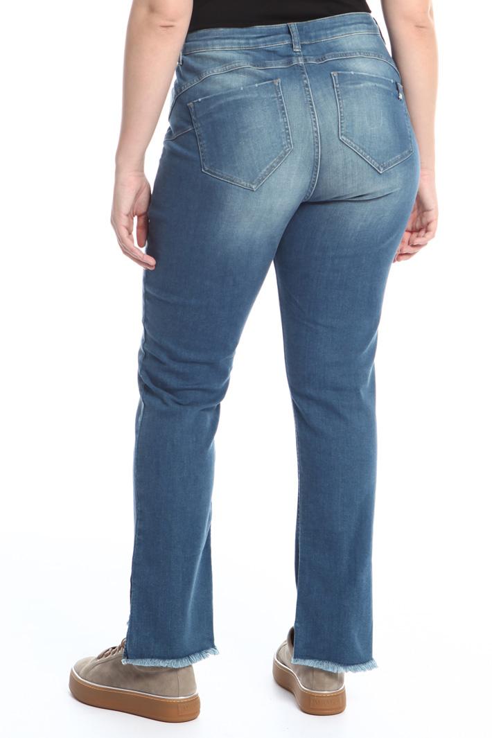 Jeans con fondo asimmettrico Fashion Market