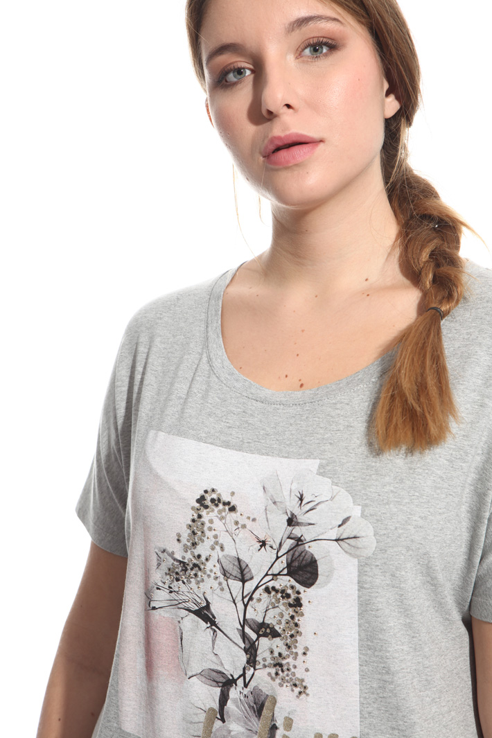 T-shirt con stampa e borchie Fashion Market