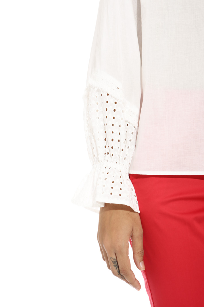 Blusa con polsini sangallo Fashion Market