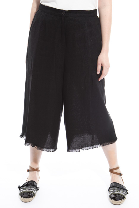 Pantaloni cropped sfrangiati Fashion Market