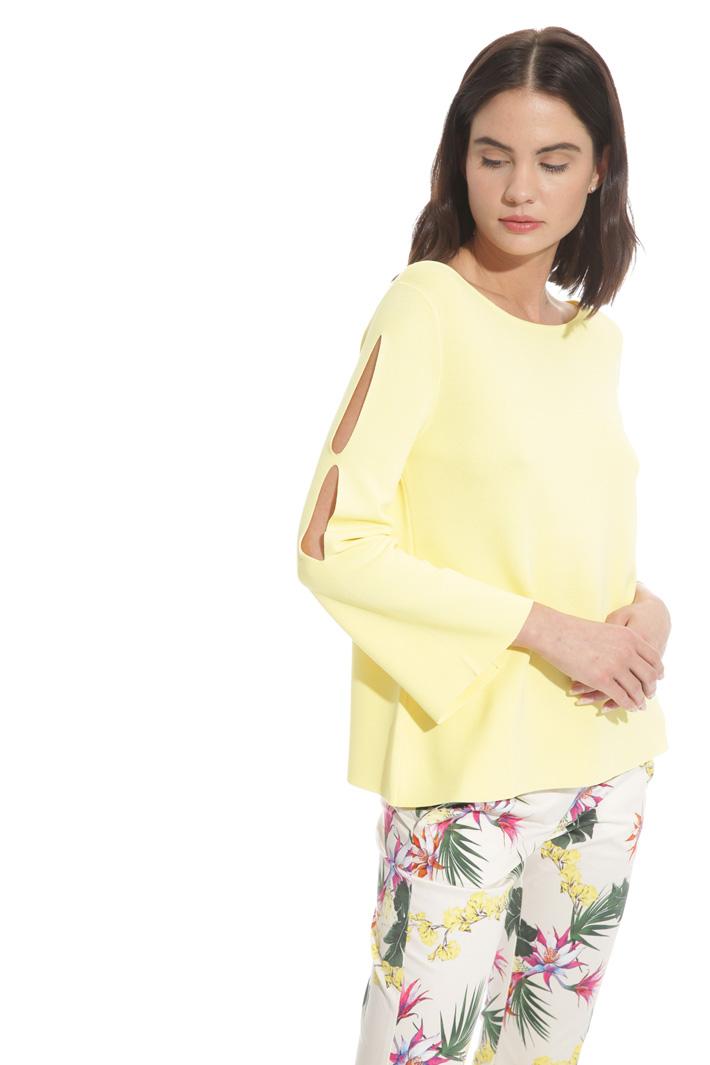 Maglia svasata con tagli Fashion Market