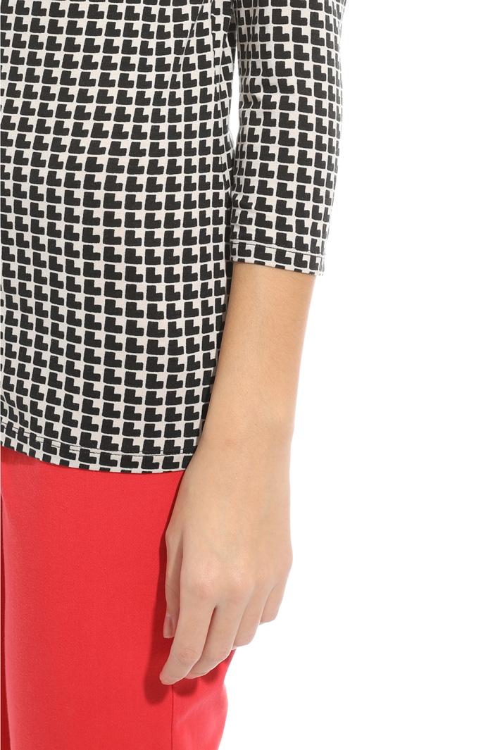 Maglia con scollo morbido Fashion Market