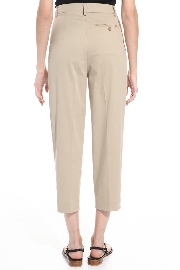 Pantalone cropped in gabardina Fashion Market