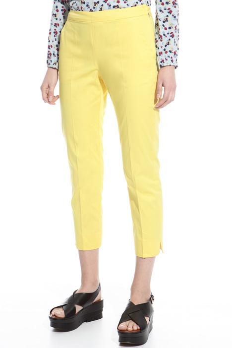 Pantalone Capri in gabardina Fashion Market