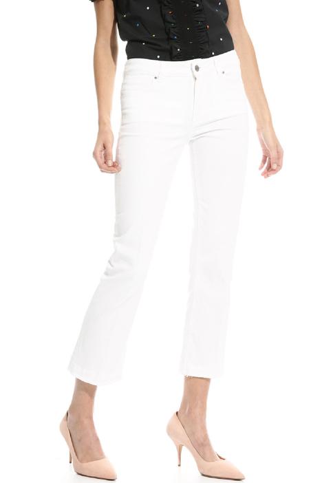 Pantalone con fondo sfrangiato Fashion Market