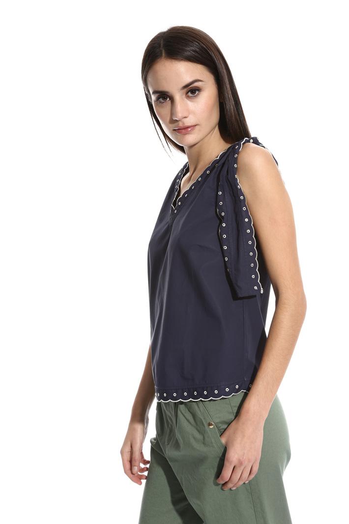 Top con bordi smerlati Fashion Market