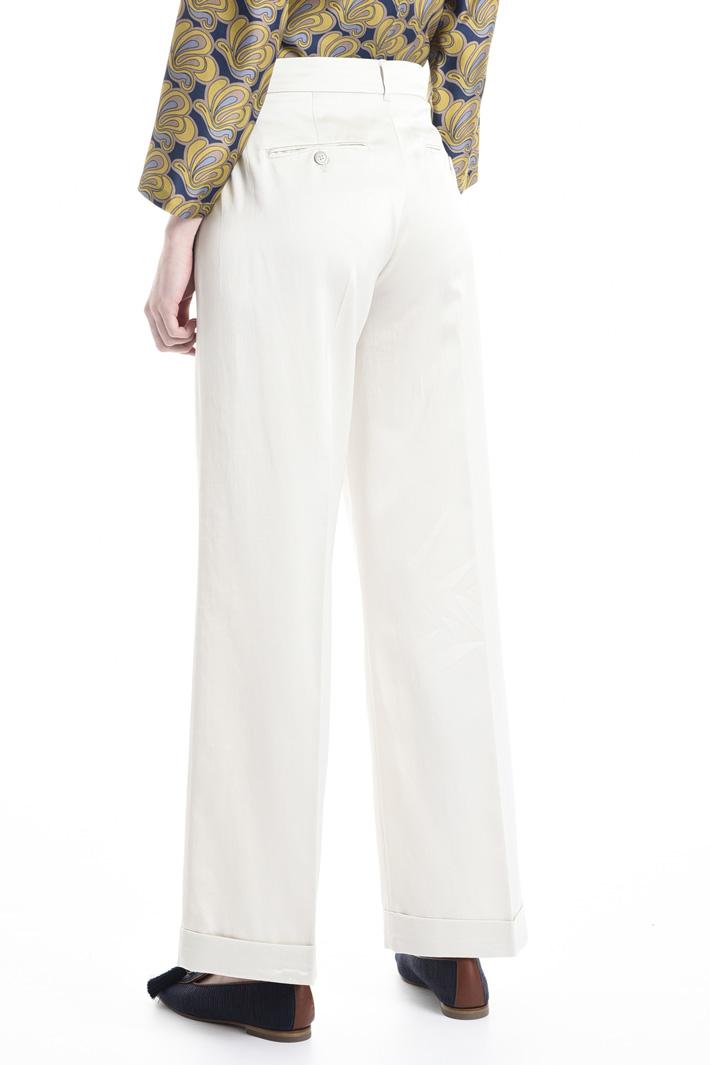 Pantalone dalla linea fluida Fashion Market