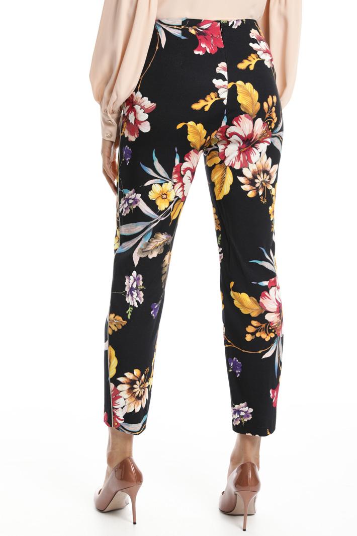 Pantalone con bordatura lurex Fashion Market