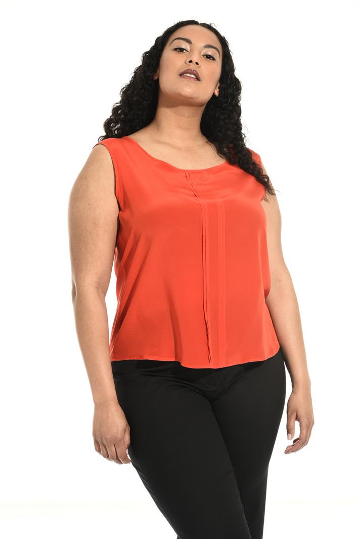 Top in seta Fashion Market