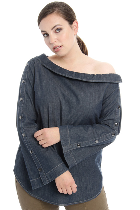 Camicia con collo a barchetta Fashion Market